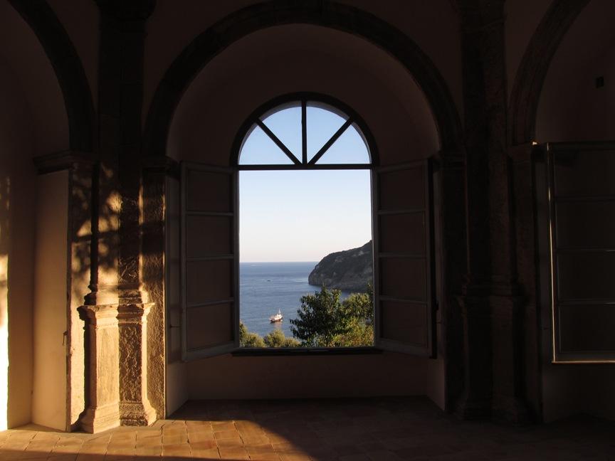 Искья-Порто из окна Арагонского замка