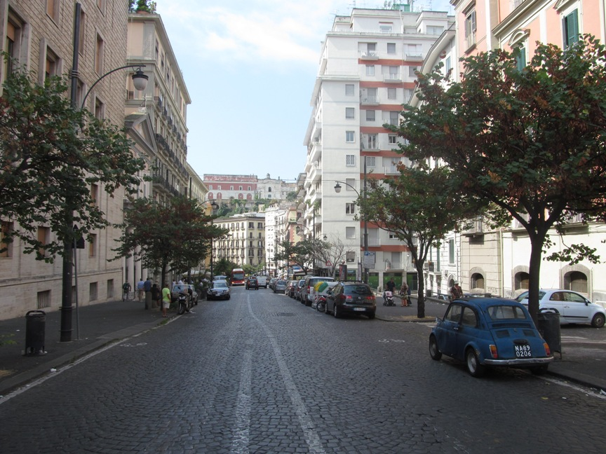 Неаполитанская улица фото