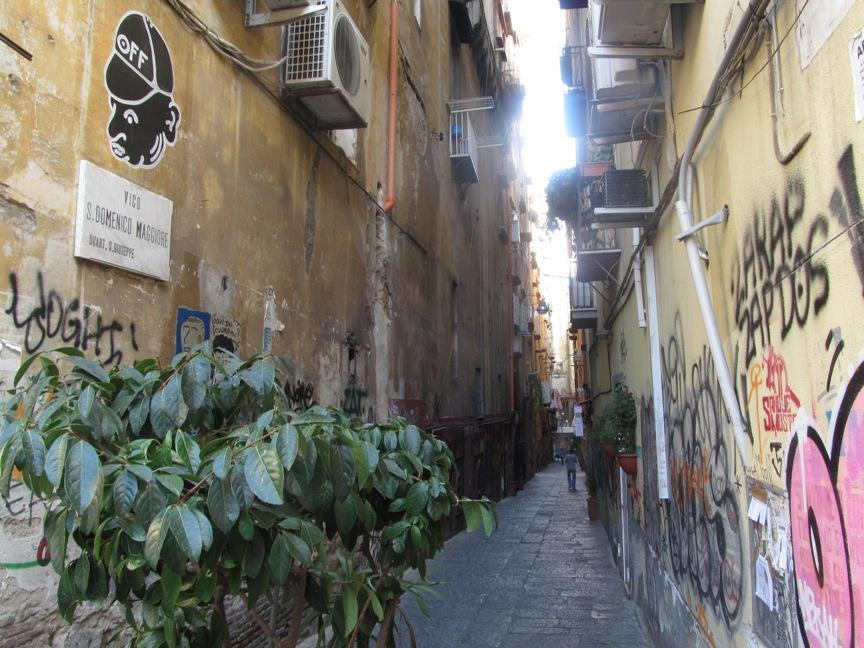 Фото исторического центра Неаполя