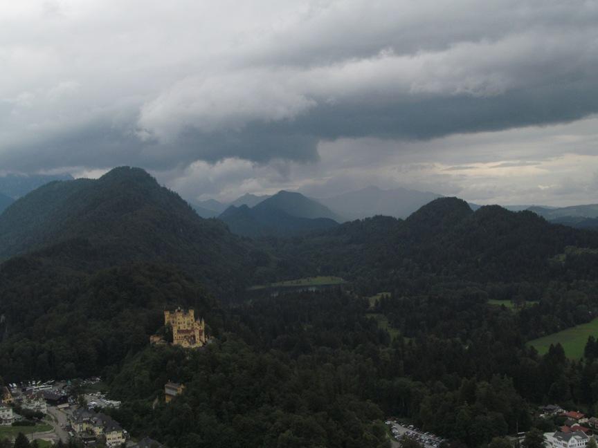 Вид с замка Нойванштайн на горы