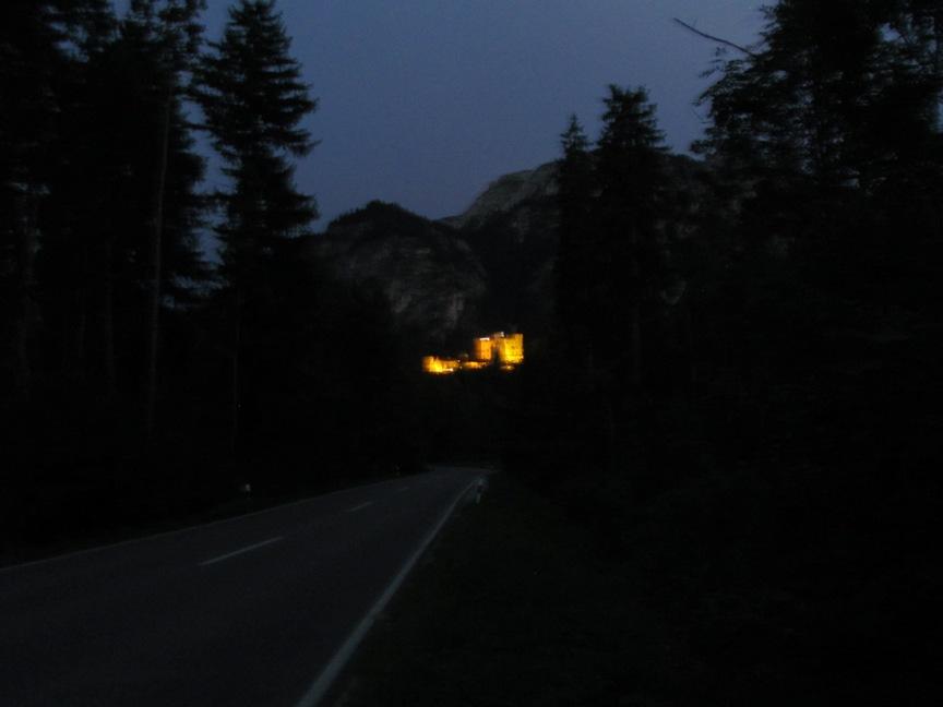 Нойванштайн ночью