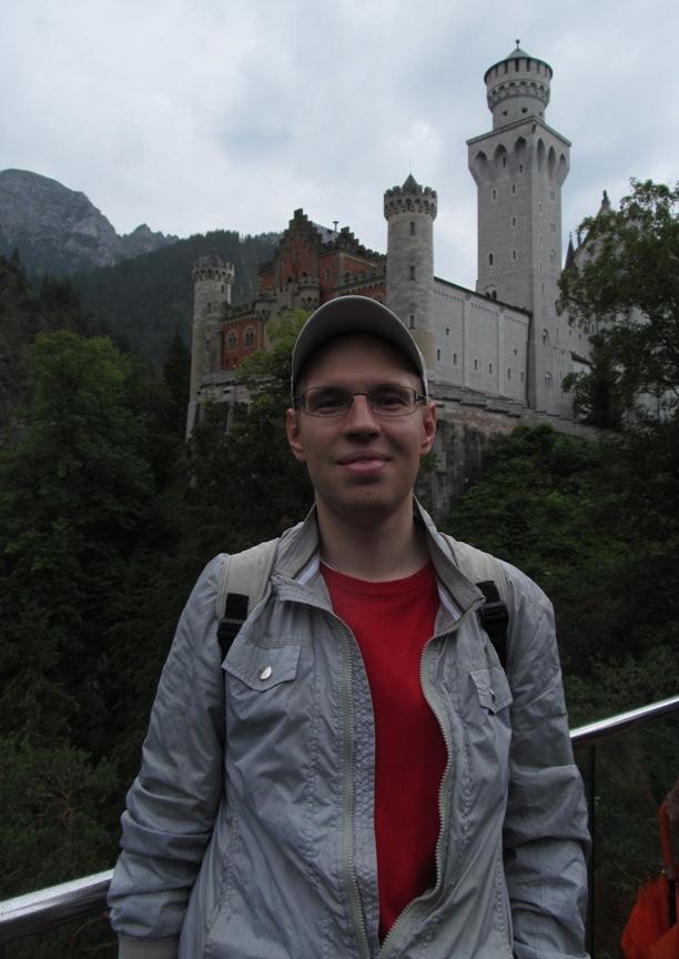 Селфи на фоне замка Нойванштайн в Германии