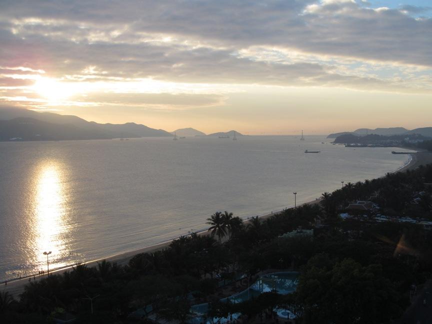 Восход солнца в Нячанге