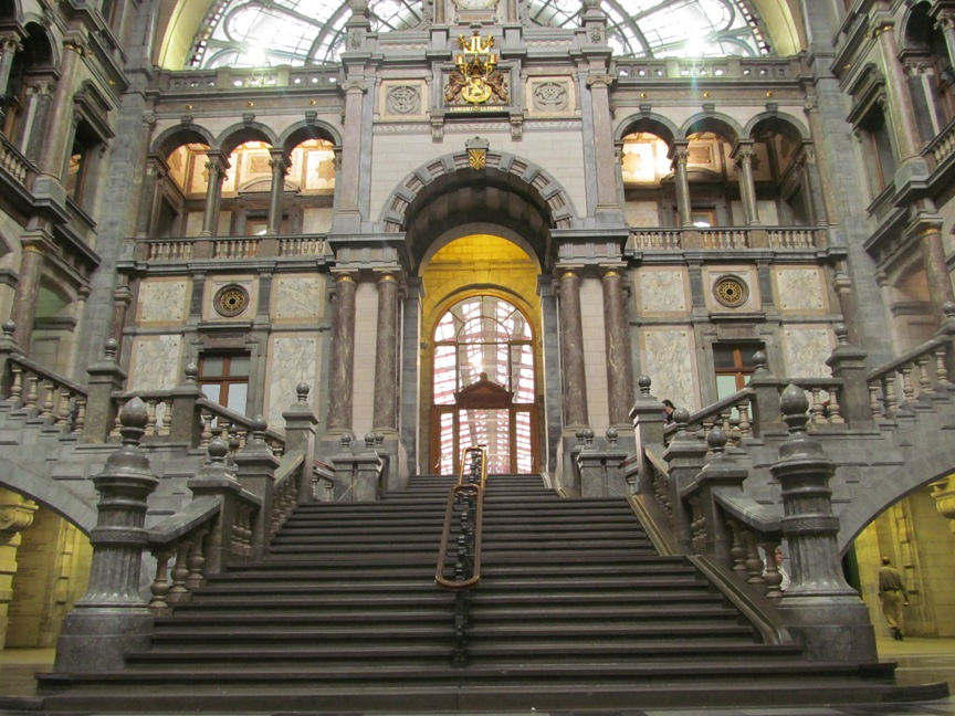 ЖД вокзал Антверпена, Бельгия, фото
