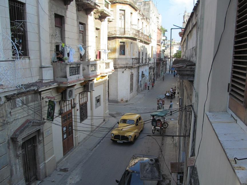 Вид из окна в Гаване фото