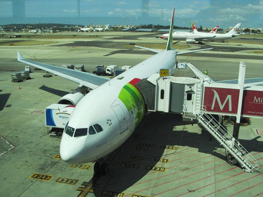 Самолёт A330 TAP Portugal в Лиссабоне