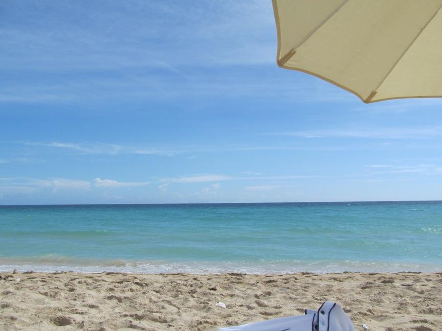 Пляж Кубы недалеко от Гаваны на фото