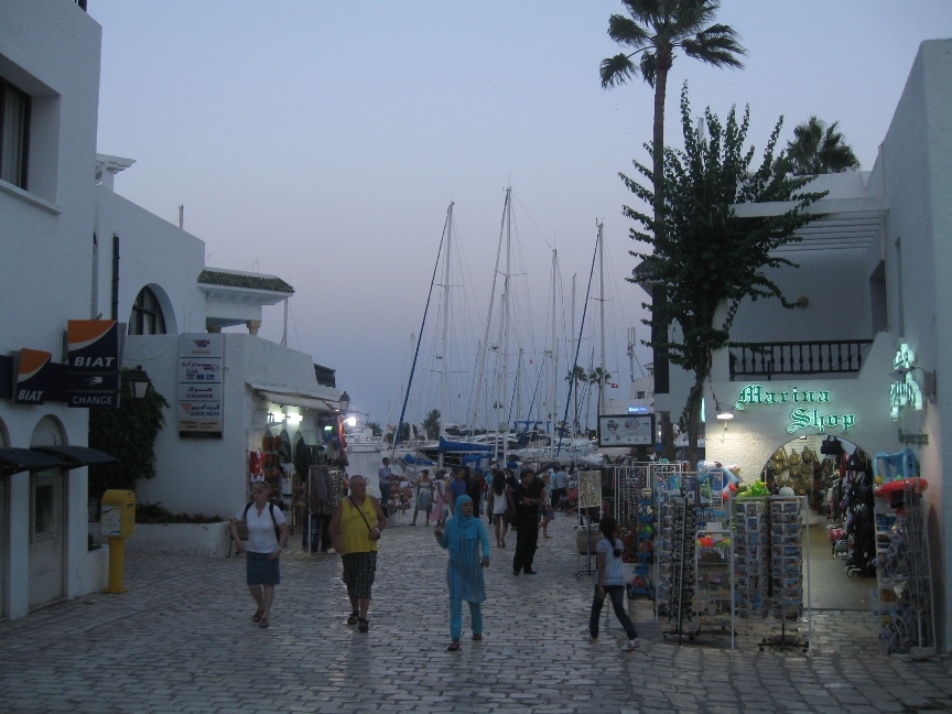 Порт Эль-Кантауи фото