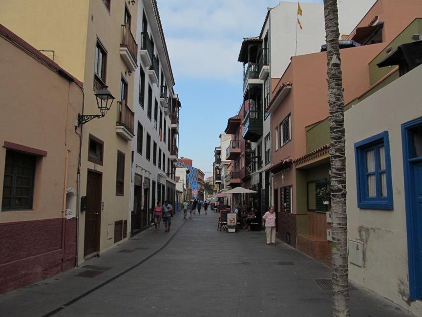 Улица Пуэрто де ла Круса в Тенерифе