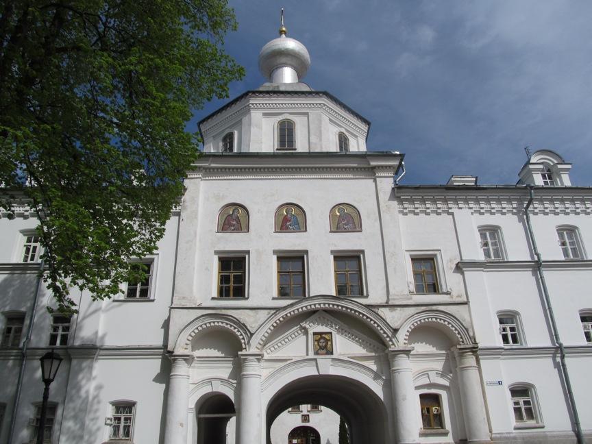 Вход в Валаамский монастырь