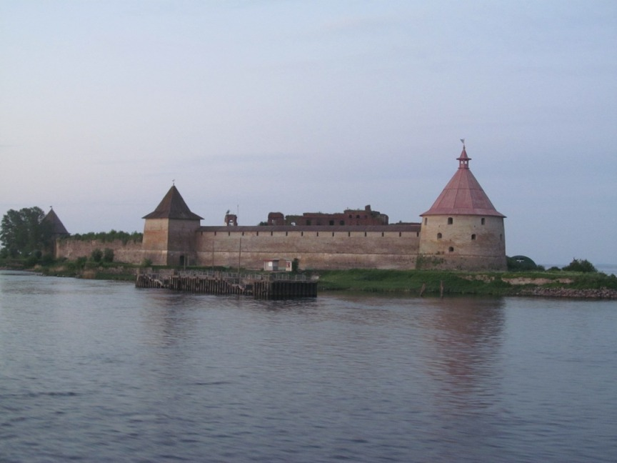Крепость Орешек фотография с теплохода