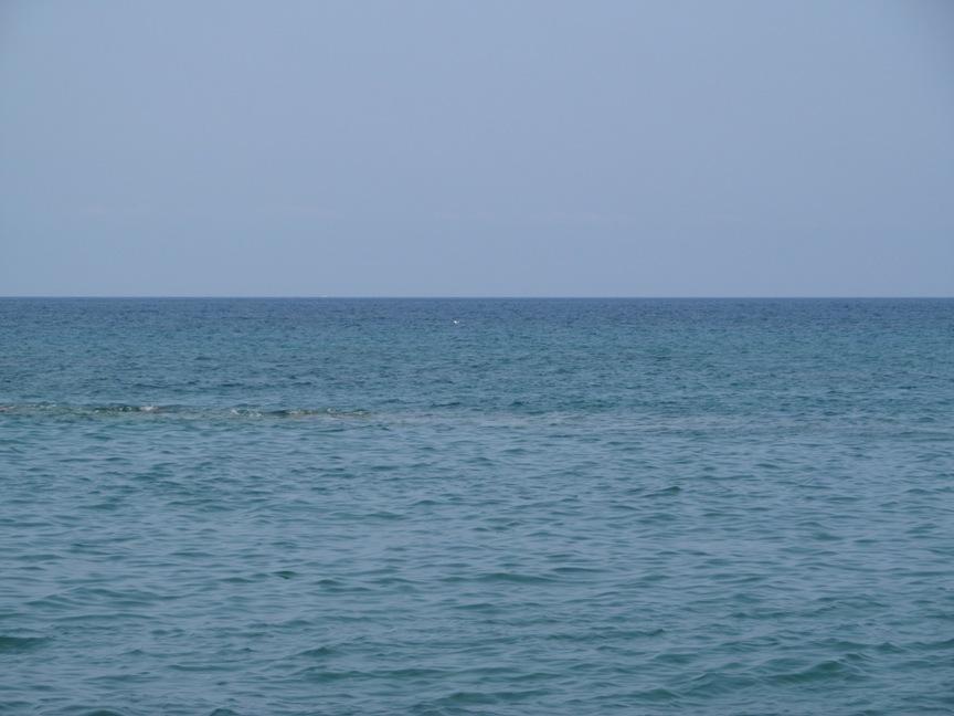Тирренское море на пляже Кава Изолла фото