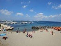Пляж Казамиччола Терме на Искье