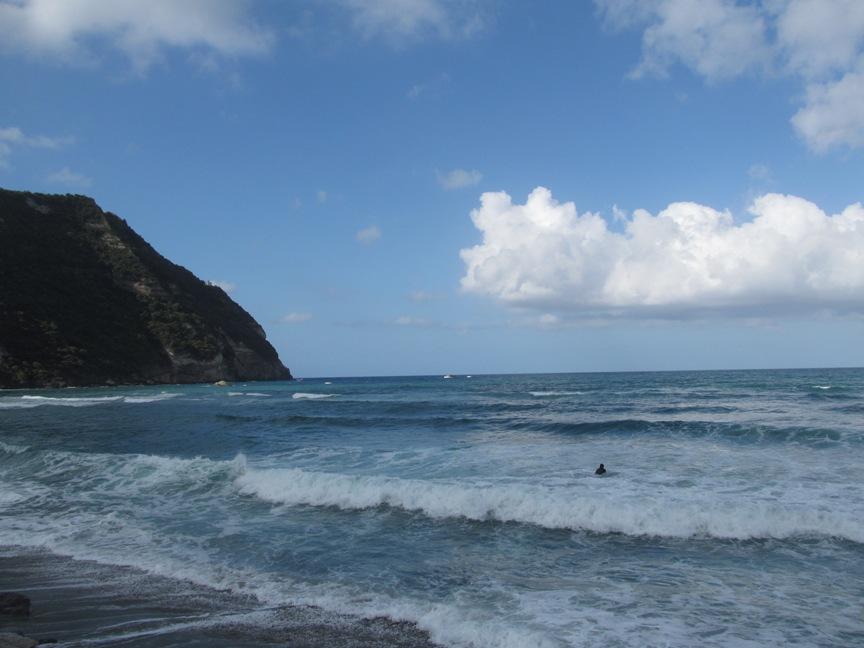 Море на пляже Читара на Искье фото