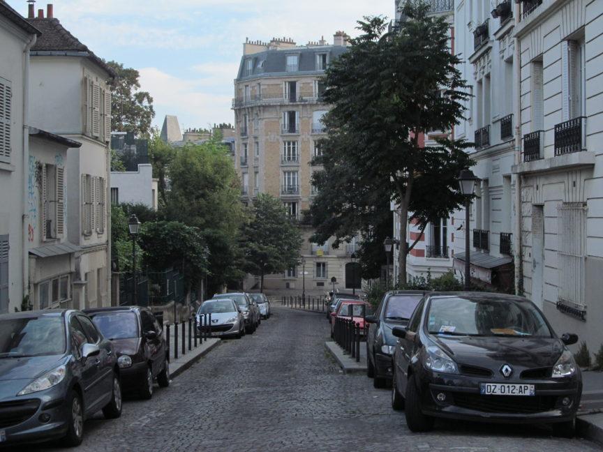 фото улицы Парижа на Монмартре