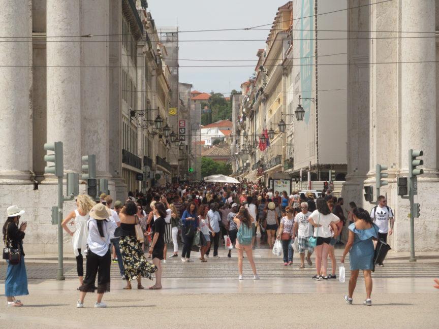 Люди в Лиссабоне