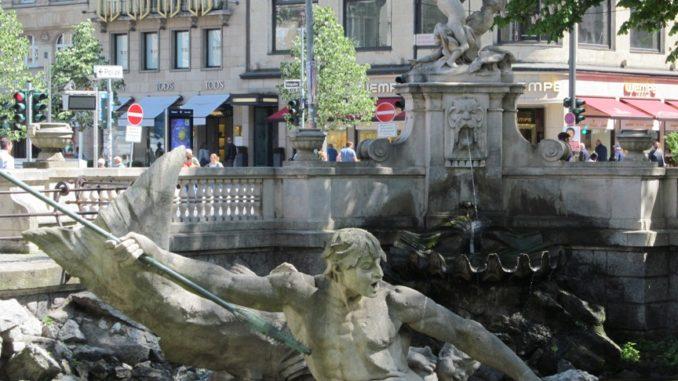 Скульптура в Дюссельдорфе