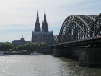 Кёльнский собор и мост Гогенцоллернов