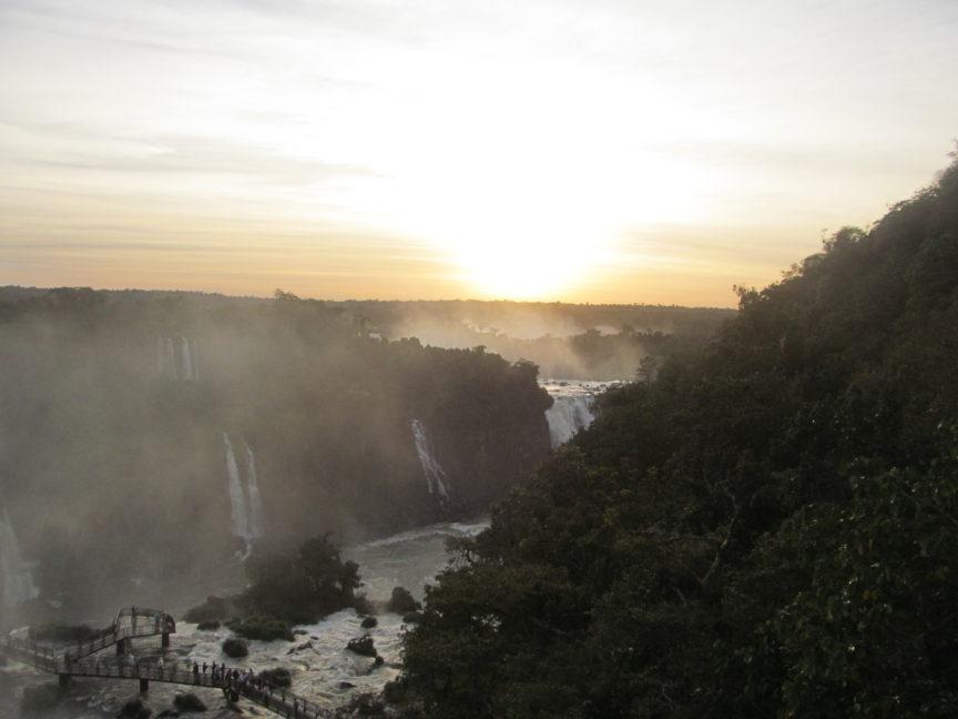 Водопады Игуасу, Бразилия, закат
