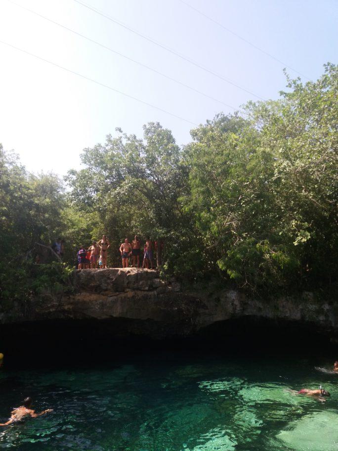 Сенот Кристаллино